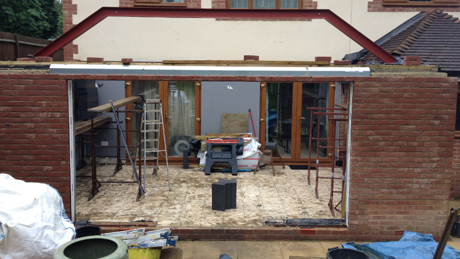 P Major and Daughters - Rear Extension 3
